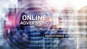 网上广告,数字营销 在虚屏上的企业和财务概念 皇族释放例证