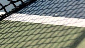 网球、蓝色,白色,绿色和黑颜色滤网  股票视频