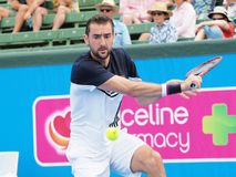 网球员马林Cilic为澳网做准备在Kooyong经典陈列比赛 免版税库存图片