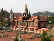 网球场在布拉索夫(Kronstadt),在Transilvania 库存照片