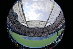 网球场在美国公开赛期间的比利・简・金国家网球中心2015年 图库摄影