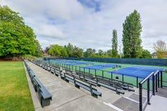 网球场大角度看法在塔科马 免版税图库摄影