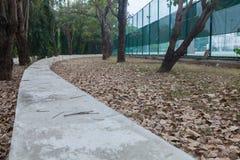 网球场室外石位子  图库摄影