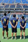 网球场的球人比利・简・金全国网球的集中 免版税库存图片