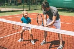 网球培训 免版税库存照片