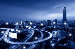 网络和连接街市曼谷的技术概念喂 库存图片
