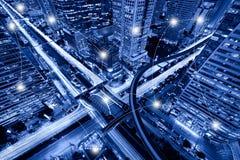 网络和连接Sathorn Intersectio的技术概念 免版税图库摄影