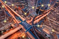 网络和连接Sathorn Intersectio的技术概念 图库摄影