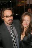罗伯特Downey Jr.,亲吻,罗伯特Downey小,罗伯特Downey, Jr.,苏珊Levin 图库摄影