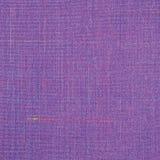 紫罗兰色葡萄酒花呢羊毛织品背景纹理样式,大详细的垂直的织地不很细宏观特写镜头,紫色,黄色,蓝色 库存图片