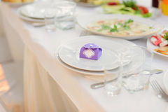 紫罗兰色Bonbonniere 免版税库存照片