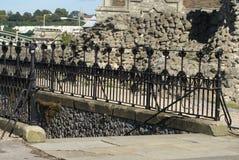 罗切斯特城堡楼梯或庭院入口在英国 库存照片