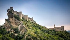 罗卡斯卡莱尼亚城堡,罗卡斯卡莱尼亚,阿布鲁佐,意大利 图库摄影