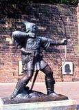 罗宾汉,诺丁汉雕象。 免版税图库摄影