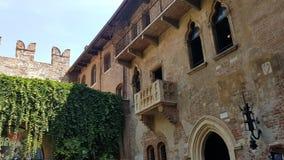 罗密欧和朱丽叶阳台在维罗纳,意大利 免版税库存照片