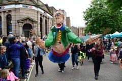 罗尔德・达尔狂欢节在艾尔斯伯里,白金汉郡 免版税库存图片