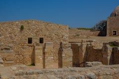 罗希姆诺,希腊- 2016年7月30日:杂志复合体  图库摄影