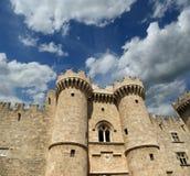 罗得岛中世纪骑士城堡(宫殿),希腊 免版税库存照片