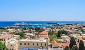 罗得岛的历史中心的看法 老城镇 Lindos 免版税图库摄影
