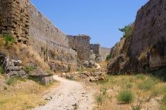 罗得岛镇,希腊极大的古老墙壁  图库摄影
