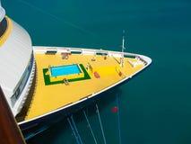 罗德城,托尔托拉岛,英属维尔京群岛- 2013年2月06日:游轮米恩希夫1在口岸靠了码头 库存图片