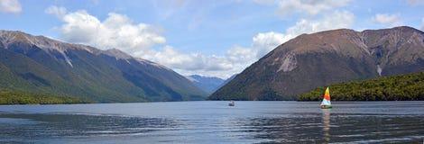 罗托伊蒂湖, Nelson湖区,新西兰全景 免版税图库摄影