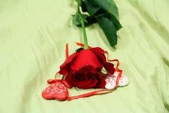 罗斯和心脏形象,红色花 免版税库存照片