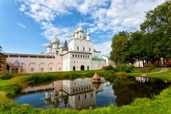 罗斯托夫克里姆林宫的疆土 免版税图库摄影