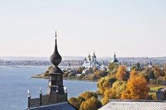 罗斯托夫Veliky, Spaso-Yakovlevsky修道院的看法 免版税库存图片