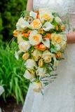罗斯新娘花束 免版税库存照片