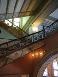 罗斯福大学的大厅和楼梯,芝加哥 库存图片