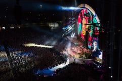 罗比・威廉斯2013生活音乐会在米兰 库存照片
