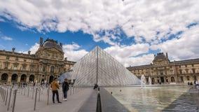巴黎罗浮宫时间间隔 影视素材