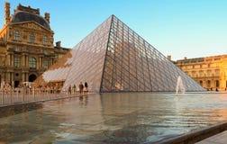 罗浮宫是一个世界` s最大的博物馆和一座历史的纪念碑 免版税库存图片