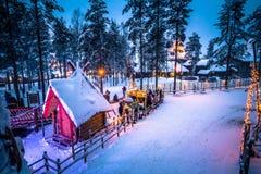 罗瓦涅米- 2017年12月16日:罗瓦涅米圣诞老人村庄, 库存照片