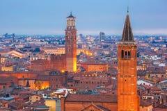维罗纳地平线在晚上,意大利 免版税库存照片