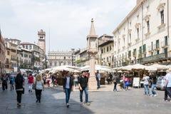 维罗纳集市广场 库存图片