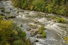 罗阿诺克河的秋天视图 库存图片