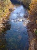 罗阿诺克河的秋天视图 图库摄影