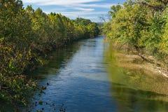 罗阿诺克河秋天视图  免版税库存照片