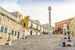 罗马专栏在布林迪西,南意大利的市中心 免版税库存照片