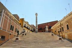 罗马专栏在布林迪西,普利亚,意大利的市中心 免版税库存图片