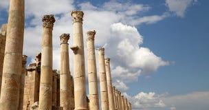 罗马专栏在约旦市杰拉什,约旦 免版税库存图片
