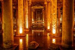 罗马储水池 免版税图库摄影