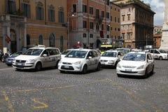 罗马出租汽车 库存图片