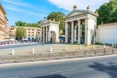 罗马别墅在通过威尼托的Borghese入口在罗马,意大利 免版税库存照片