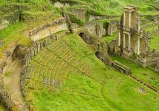 罗马剧院在市沃尔泰拉,意大利 免版税库存图片
