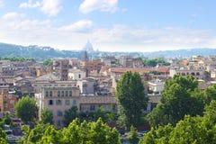 罗马历史的中心市地平线,意大利 库存照片