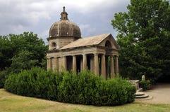 罗马古色古香的大厦 免版税库存照片