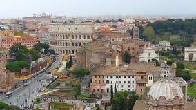罗马和罗马斗兽场鸟瞰图从维托里奥Emmanuelle宫殿  股票录像